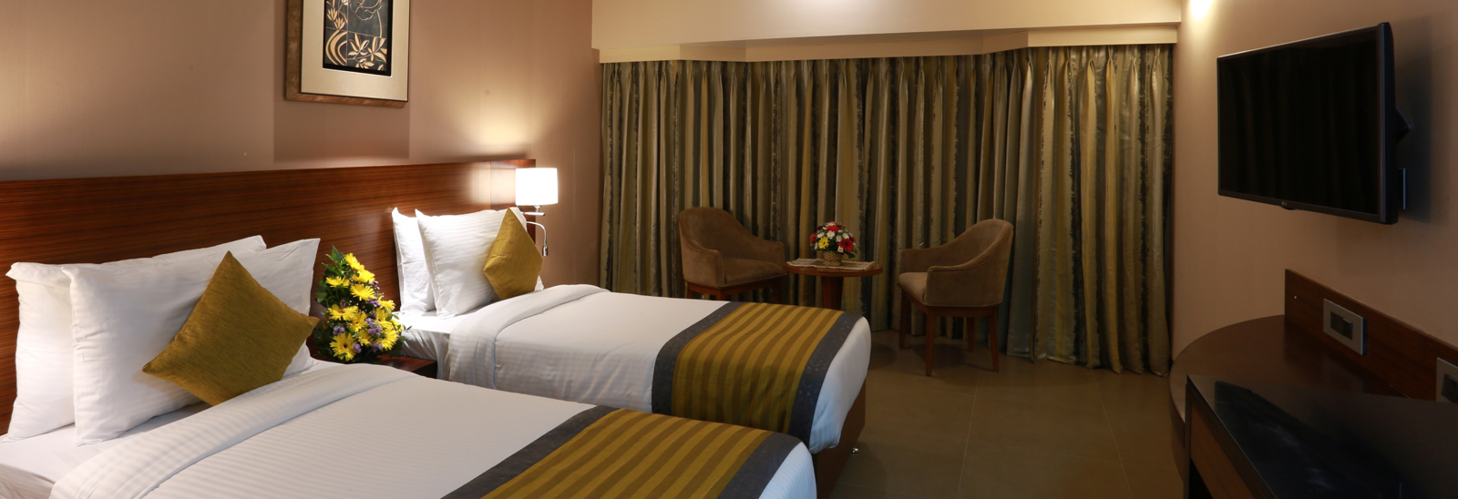 unwind and relax at Grande Delmon city hotel